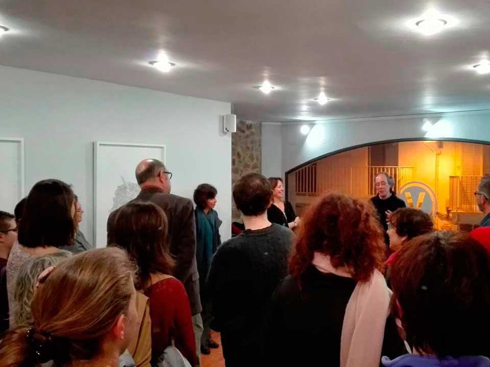 Compte presentant l'exposició Tresors i Relíquies