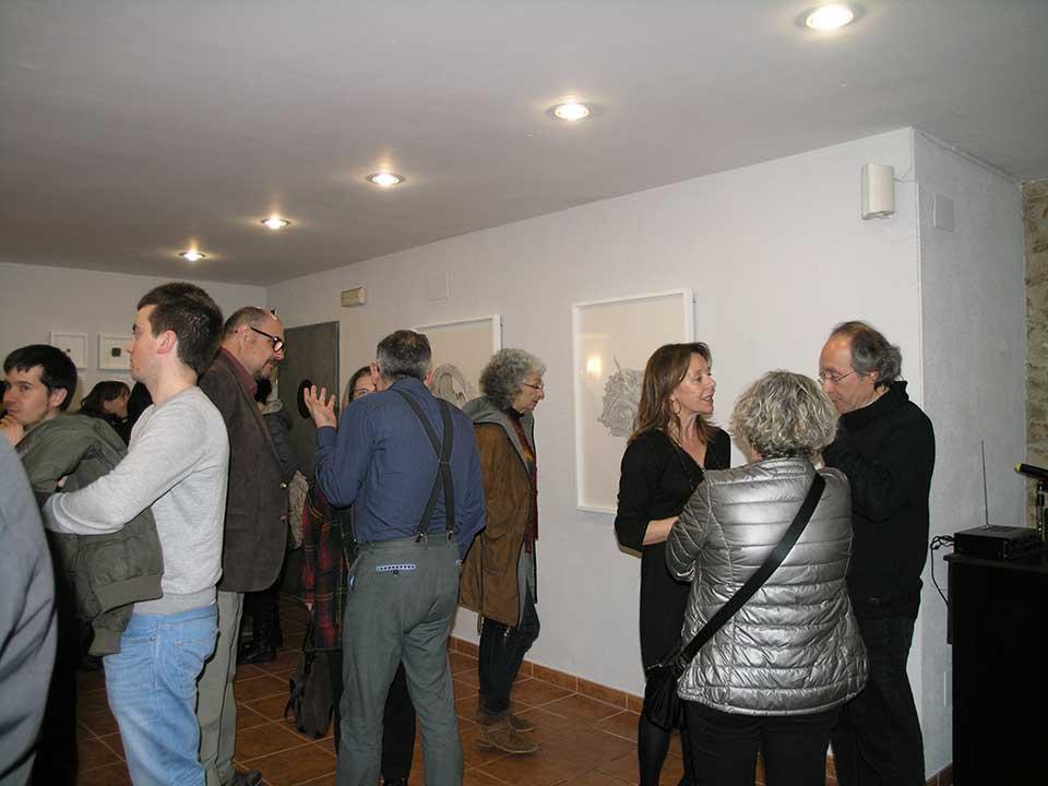 Converses a la inauguració de l'exposició de l'artista plàstic Josep Maria Compte