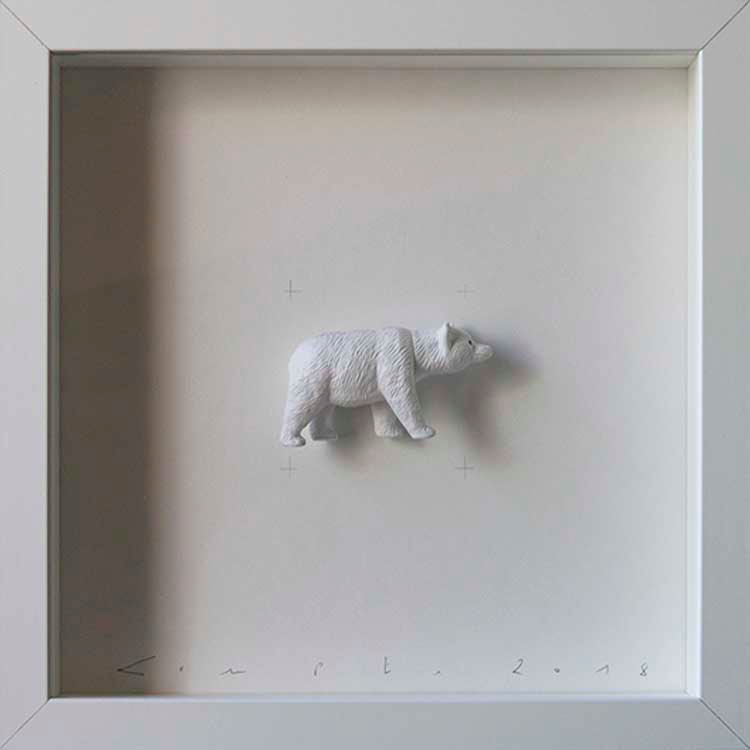 Artpiece: Colors & Animals II - One color - White bear