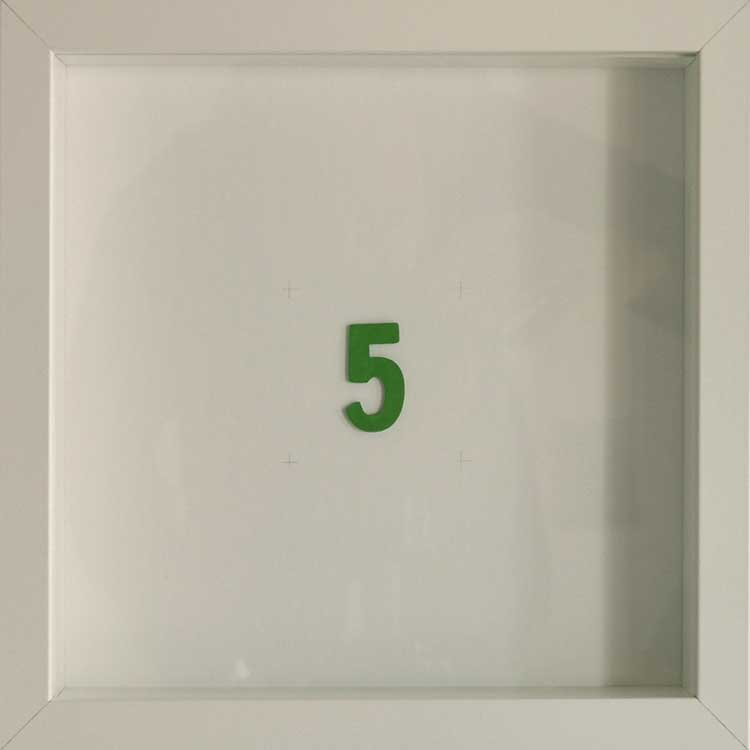 Artpiece: Color of the numbers - The number 5, the green one